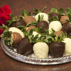 Chocolates/Truffles/Strawberries